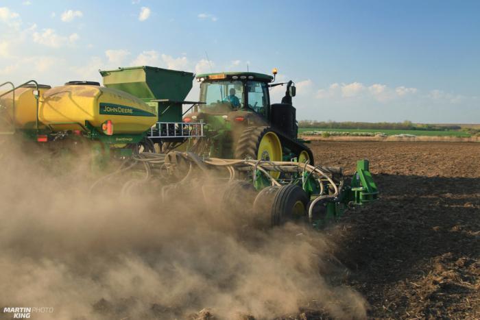 corn planting3