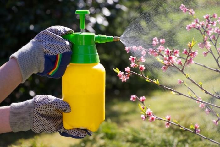 Ένα χέρι βοηθείας στα φυτοφάρμακα παρακαλώ!